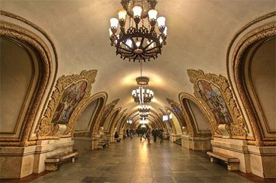俄罗斯8日游景点_俄罗斯莫斯科地铁站