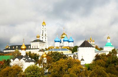 俄罗斯8日游景点_俄罗斯谢尔盖圣三一教堂