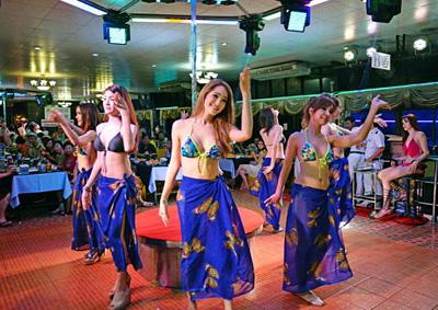 泰国6天游-泰国东方公主号人妖表演
