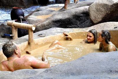 越南芽庄五天游:越南芽庄矿泥浴
