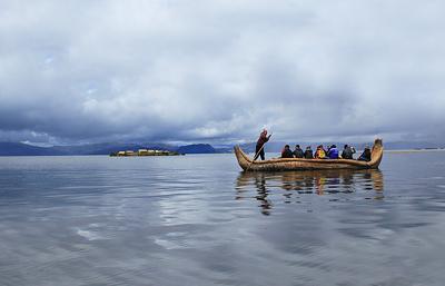 秘鲁的的喀喀湖