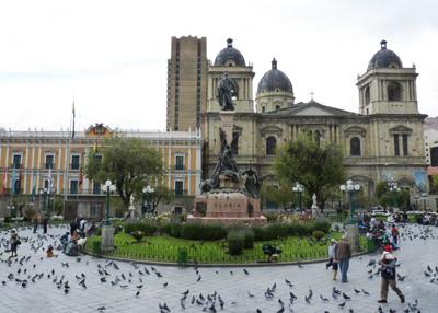 南美旅游景点_玻利维亚拉巴斯-穆里略广场