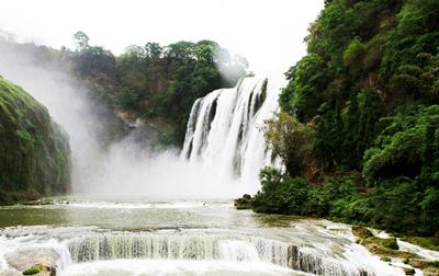 贵州五天游景点_贵州黄果树瀑布