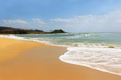 海南4天游_海南石梅湾海滩