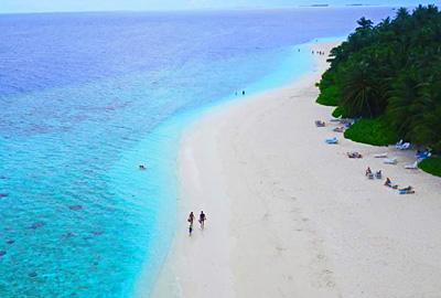 马尔代夫马富士岛5天游_马尔代夫菲哈后岛-沙滩