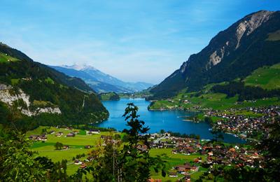 瑞士因特拉肯风光
