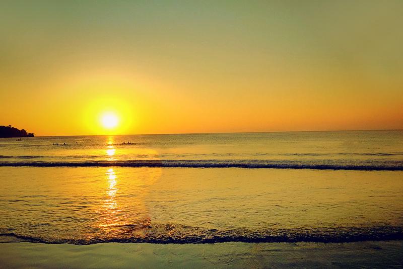 巴厘岛金巴兰海滩
