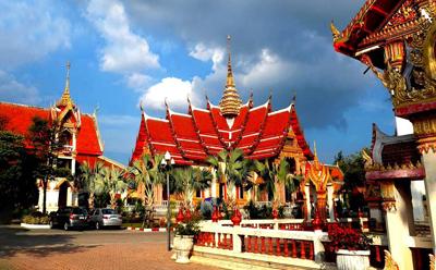 泰国6天游_泰国普吉岛海龙寺